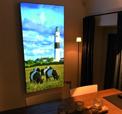 Luminatore-Lichtplanung-Wandbild-Dekoration-Ambienteausleuchtung