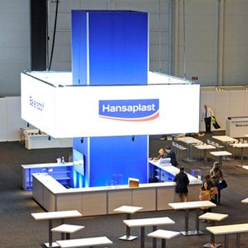 Luminatore Deckenring und Leuchtsäule auf der Beiersdorf Hauptversammlung