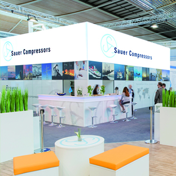 Luminatore-Messebau-Messestand-120er-Profil-Sauer-Compressors