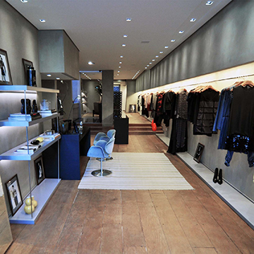 dress-shop-97261